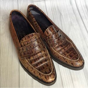 Donald J Pliner brown leather loafers